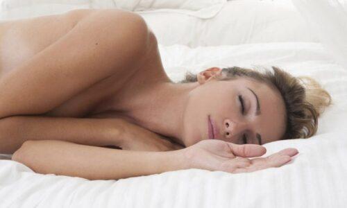 5 sự thật thú vị về ngủ Nude