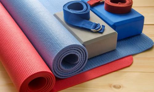 Danh mục 10 dụng cụ tập Yoga giúp luyện tập tốt nhất 2021